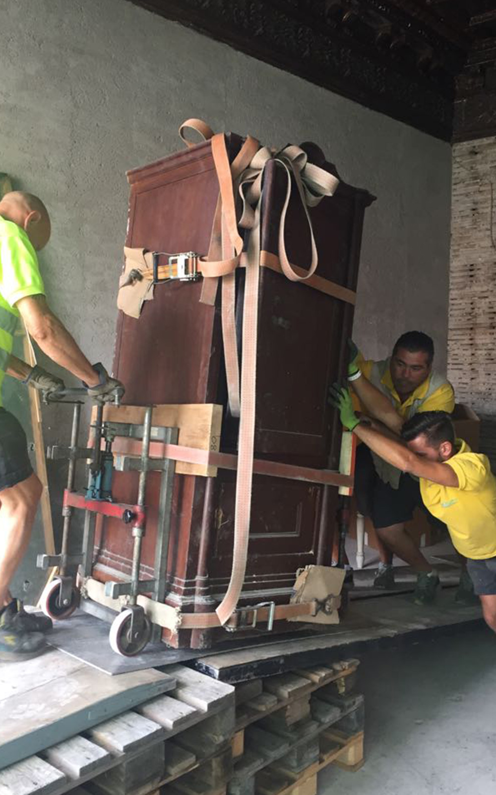 Trasporto e smaltimento cassaforte hotel