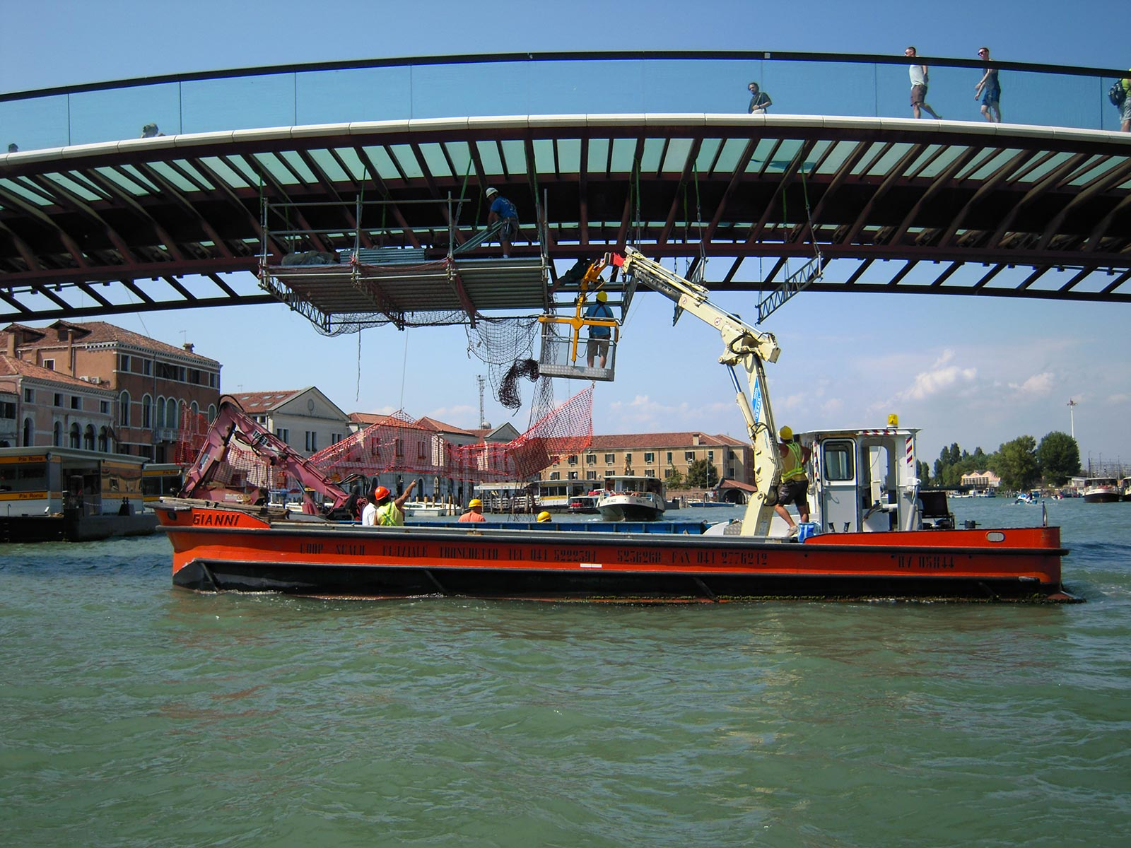 Maintenance of the Calatrava bridge