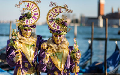Transporting materials for the 2017 Venice Carnival